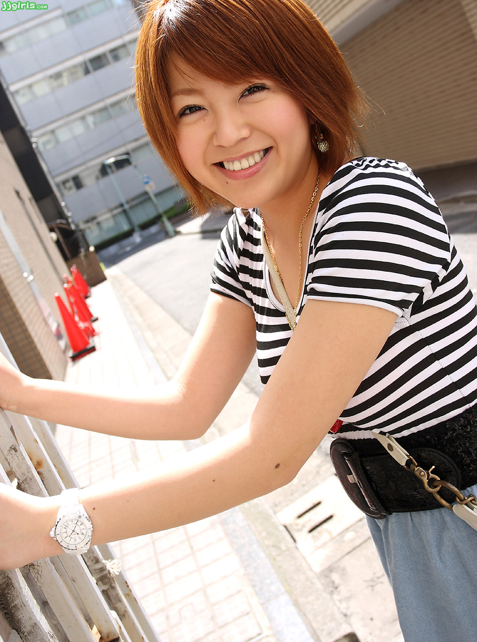 airi-natsume-pics-12-gallery