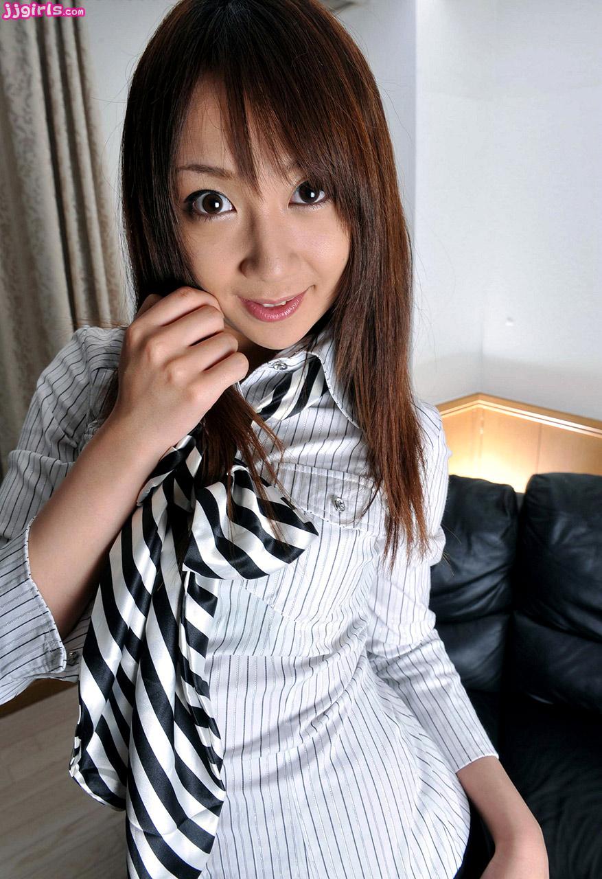 miku-narita-pics-2-gallery
